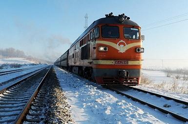 連云港到卡拉甘達鐵路運輸