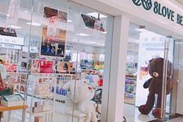 顧客不斷進店、導購賣貨瘋狂,美妝新零售頭牌這樣開店