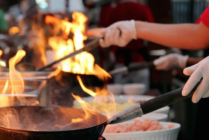 餐飲行業流量紅利缺失,餐飲寒冬餐企如何實現高效獲客